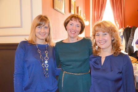 Светлана Валерьевна, Екатерина Юрьевна и Инна Леонидовна солидарны не только в работе, но и в выборе цветовой гаммы